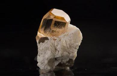 topaz mineral