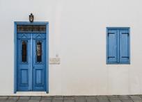how to choose a door closer